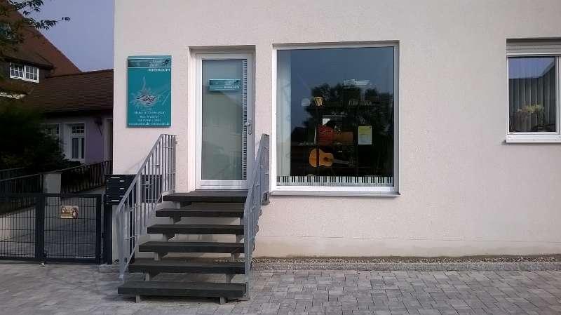 https://www.musikstudio-westner.de/uploads/images/Gallery/standort/Vohburg_außen.jpg